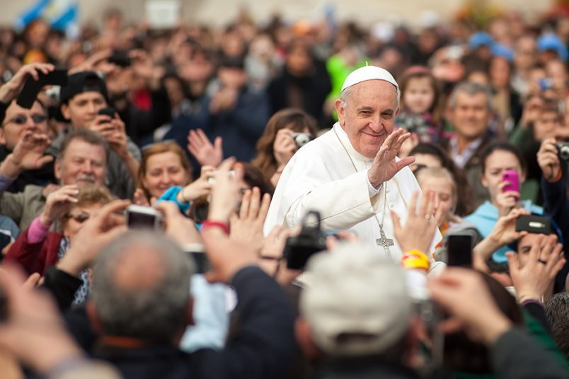 World Communications Day 2018: Pope Francis's challenge to Fake News and call for a Journalism of Peace.
